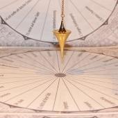pendulum-242745_960_720